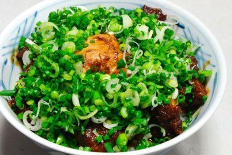 肉厚&ジューシー!創業60年の元祖味噌カツ丼「味処 叶」