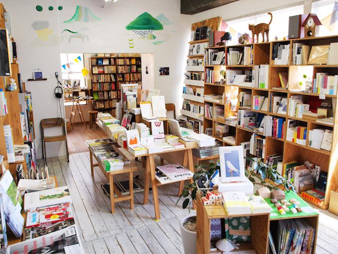感性を刺激するユニークな本や雑貨があふれるブックショップ&ギャラリー「on reading」