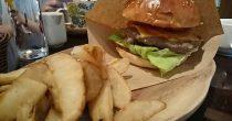 口いっぱいにハンバーガーを頬張りたいならココ!栄「ABBOT KiNNEY」はカフェとファッションが融合した素敵空間 - ede0bfa2b4ac60d8c5348871530febf9 210x110