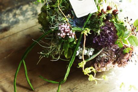 日々の生活に彩りを。中村日赤駅近くの花屋「アトリエみちくさ」で、素敵な草花との出逢いを楽しむ。