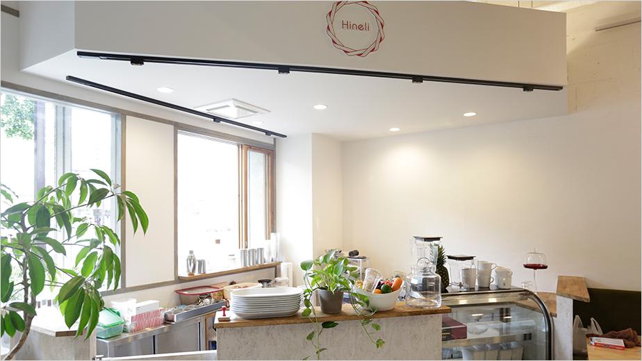 体の外も中もキレイに!ヘアサロン&コールドプレスジュースカフェ が葵にオープン! - img space04