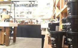 国産の古材を使ってリニューアル!持続可能なショップを目指す「LUSH(ラッシュ) 名古屋ユニモール店」 - IMG 6205 260x160