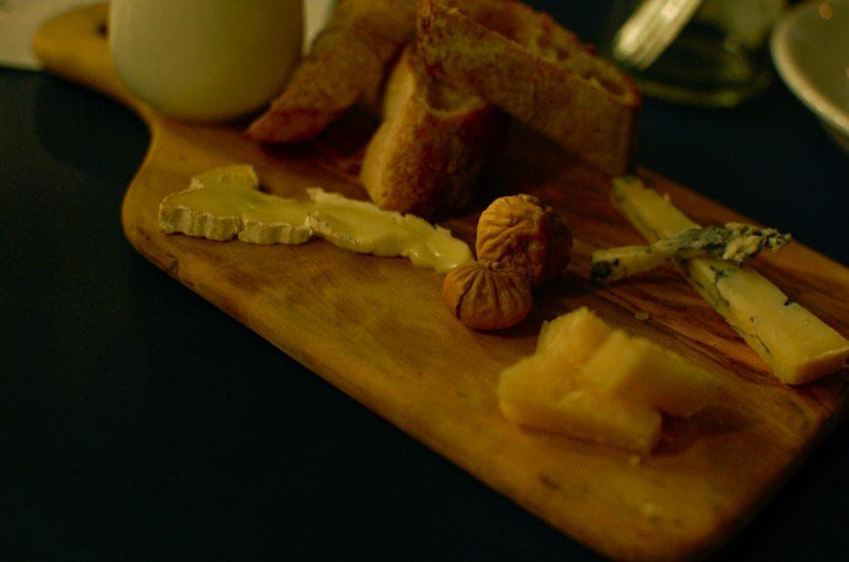 産地直送!名古屋・錦橋フレッシュチーズとワインの「Milks(ミルクス)」で出会う極上の新鮮チーズ - DSC 0312 935x620