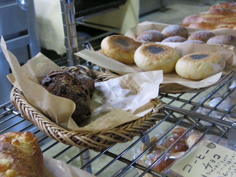 常滑散策にお気に入りのパンを携えて。「パン工房 風舎 常滑店」 - IMG 3606 827x620