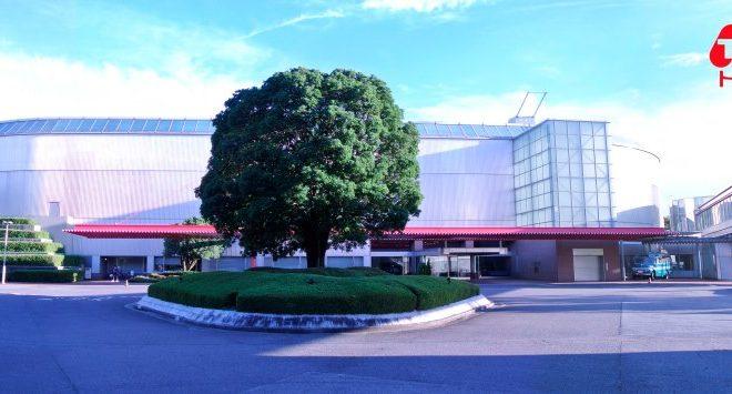 選書集団BACHセレクトのブックカフェ。トヨタ博物館内「CARS&BOOKS」 - e4b906f24c89fe47594a26baeaa2d7c1 660x355