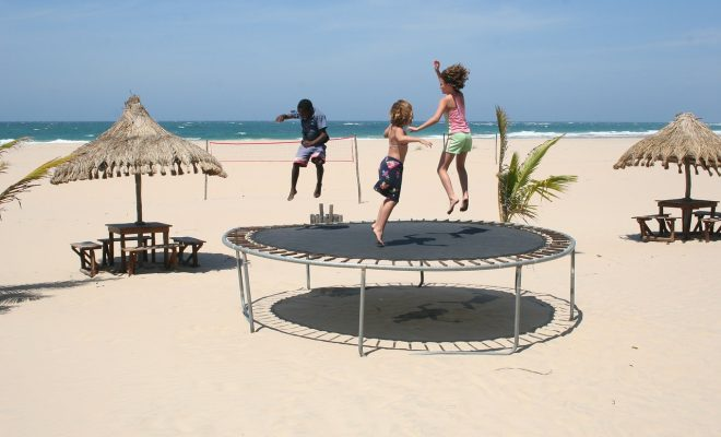 寒い季節におすすめ!室内スポーツの本格トランポリンを体験しよう - trampoline 241899 1280 660x400
