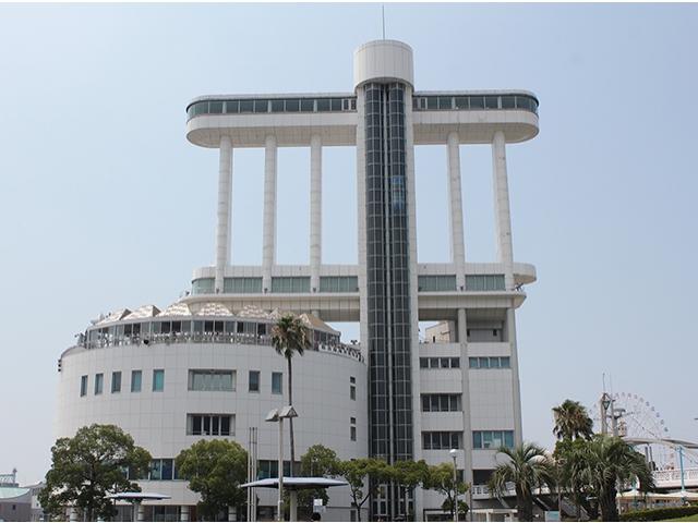 名古屋港ポートビル http://pier.nagoyaaqua.jp/