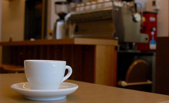 個性の異なる世界のコーヒーを楽しむ。川名・カフェ「GOLPIE COFFEE」 - 13100875 1235161756513849 3850329195173257631 n 660x400