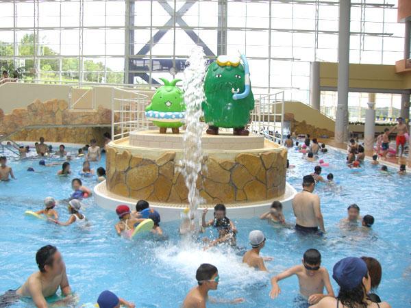 モリコロパーク温水プール