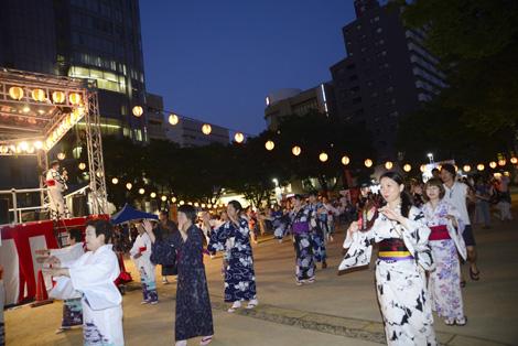 花火にライブ、個性豊かな仕掛けが盛りだくさん!2016年夏名古屋の夏祭り4選 - bon 01