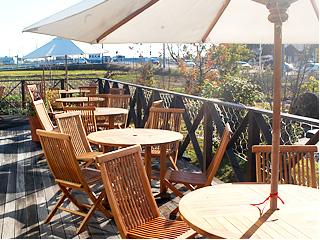 優雅にくつろげるおしゃれカフェ!愛西市「Bamboo Dunuts Cafe」 - photo pet