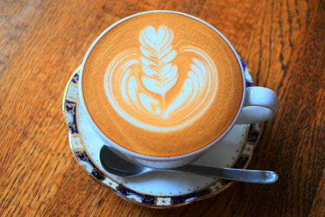 シンプルが心地良い。一社「presto coffee」で手に入れるスロウな時間
