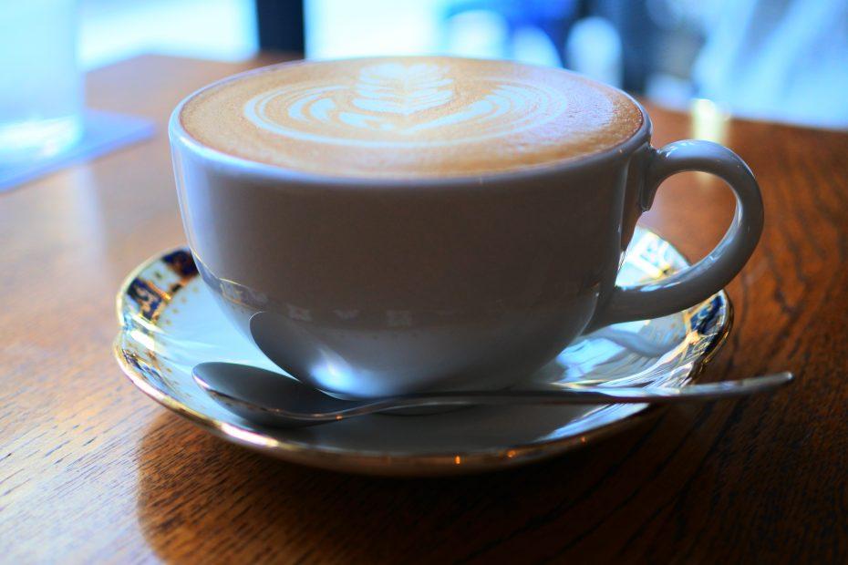 シンプルが心地良い。一社「presto coffee」で手に入れるスロウな時間 - DSC 0597 930x620