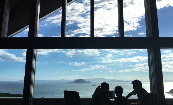 目の前に広がる海は、まさに絶景!伊良湖ビューホテルのコーヒーハウス「アドリア」 - IMG 8031 660x400