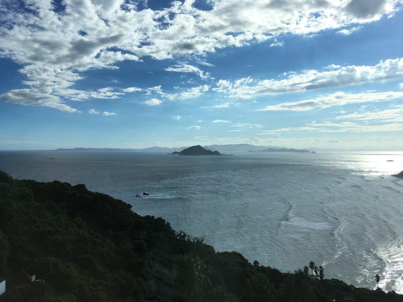 目の前に広がる海は、まさに絶景!伊良湖ビューホテルのコーヒーハウス「アドリア」 - IMG 8033 827x620
