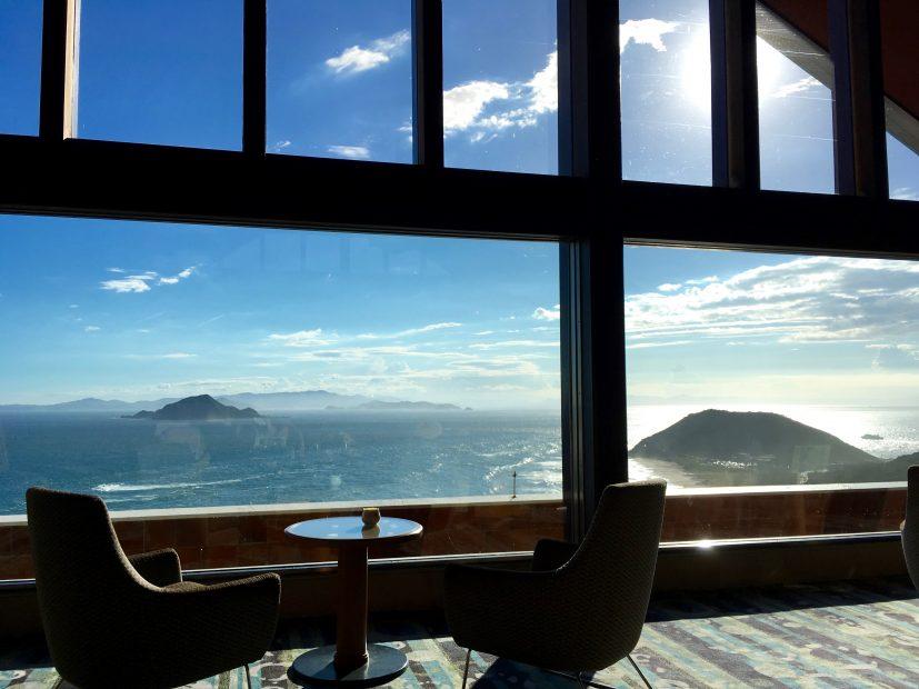 目の前に広がる海は、まさに絶景!伊良湖ビューホテルのコーヒーハウス「アドリア」 - IMG 8046 827x620