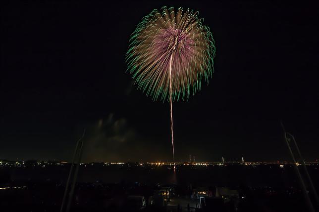 秋だけど花火が見れるのは名古屋港だけ!10月22日は「た〜まや〜」と叫ぼう - 007 2