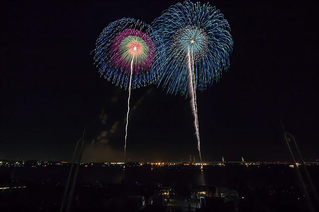 秋だけど花火が見れるのは名古屋港だけ!10月22日は「た〜まや〜」と叫ぼう - 014