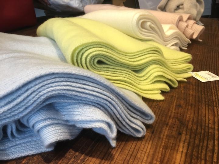 物語を身に付ける。ファッションブランド、ファクトリエ星ヶ丘テラス店がオープン! - slack for ios upload 720