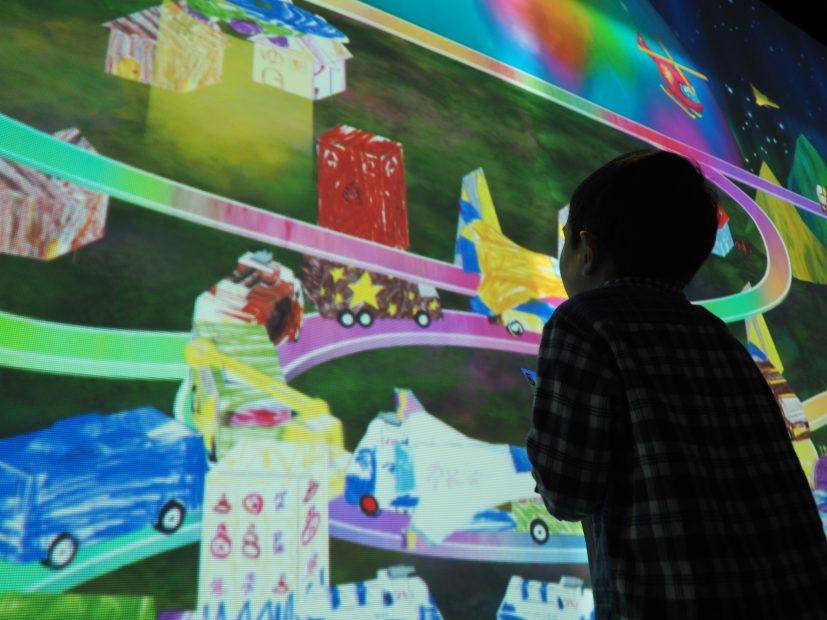 「チームラボ★アイランド 踊る!アート展と、学ぶ!未来の遊園地」に行ってきました! - PB110054 827x620