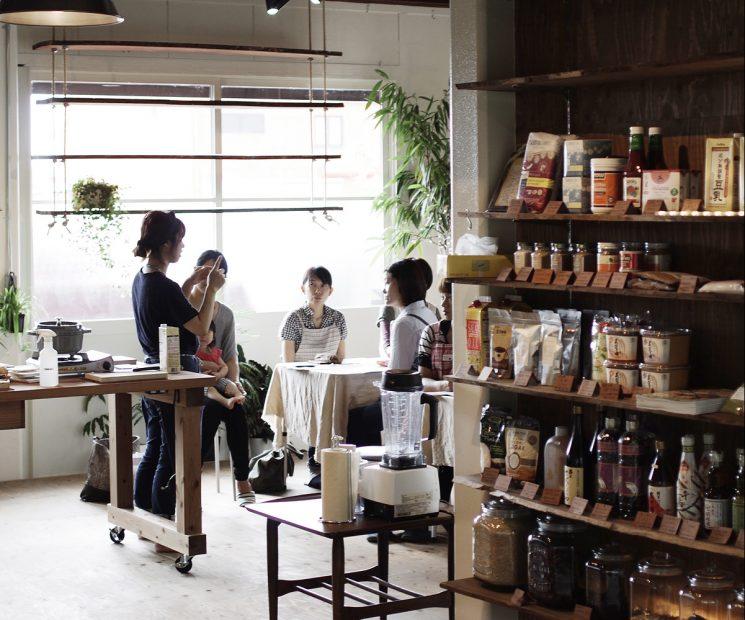 お菓子を販売する夢が叶えられる!北名古屋市にあるレンタルスペース「LIDIA STUDIO」 - lidiastudio02 2 e1478836263852 745x620