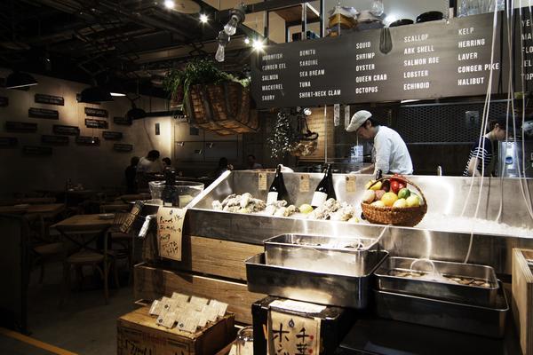栄養たっぷりの新鮮なカキを名古屋で堪能!海外風オイスターバー「メリケンサカナ」 - merikensakana02