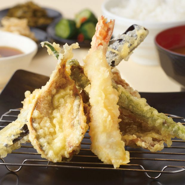 熱々の瓦の上にのったお蕎麦って?博多天ぷら「きら天」がイオン長久手にオープン - img 118081 2 620x620
