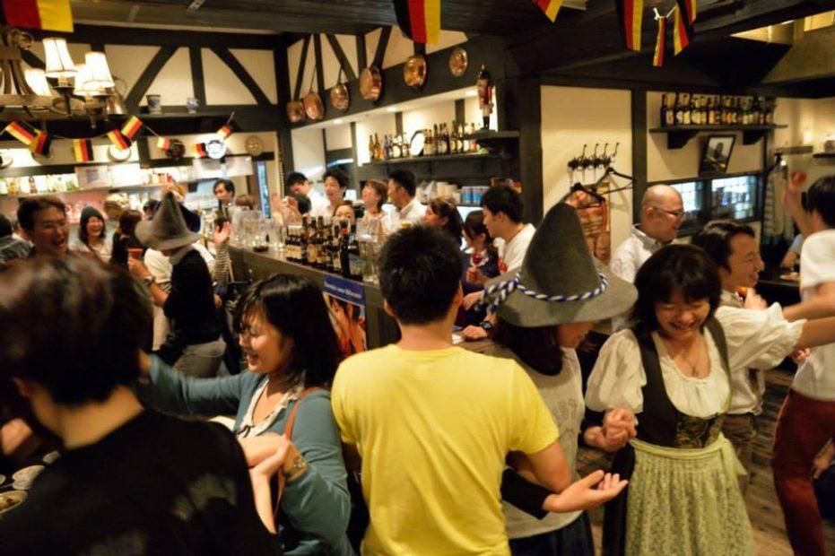 ドイツ好きな方必見!名駅付近でドイツ料理とビールが楽しめる「ゲンゲンバッハ」 - ebd39301422effdf75e2dfea0d950eec 931x620