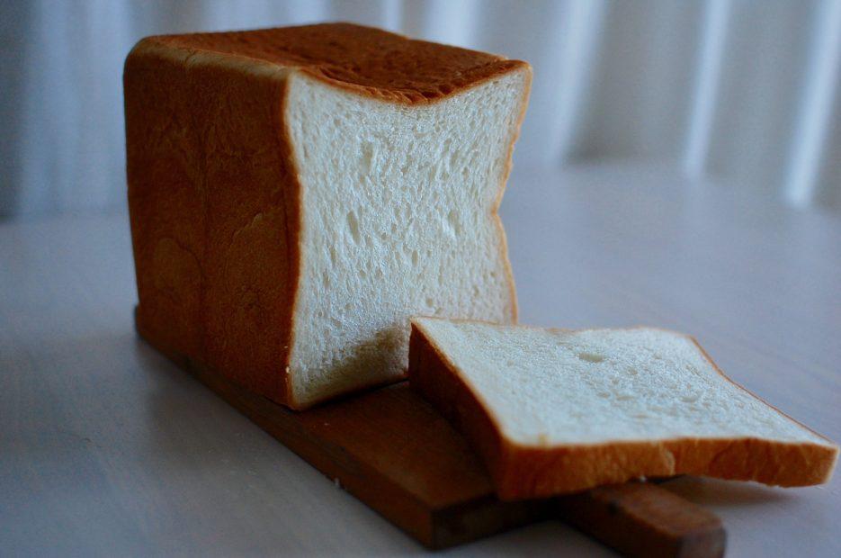 名古屋で話題の高級食パン専門店!伏見「フルール ドゥ リュクス」 - DSC 0009 935x620