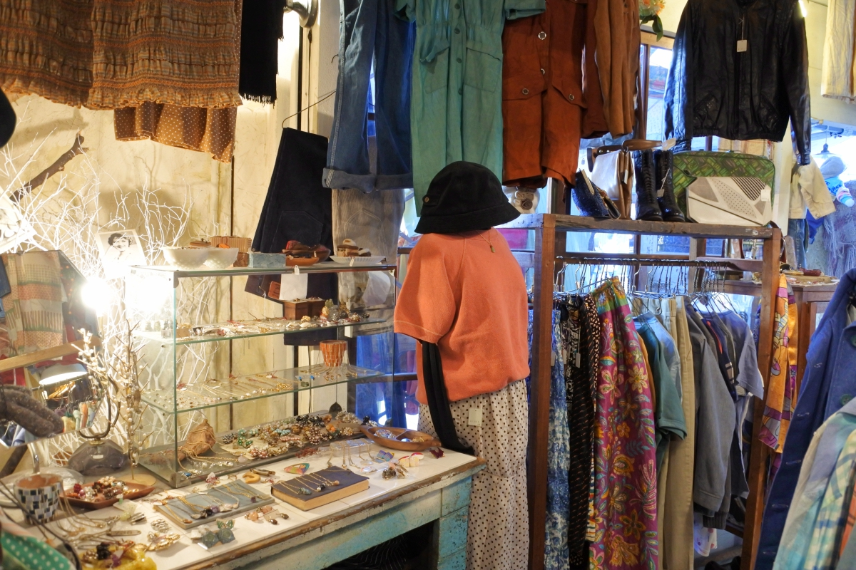 ここが名古屋の古着天国!「大須商店街」で古着屋巡り - 入門編 - - DSC 0777