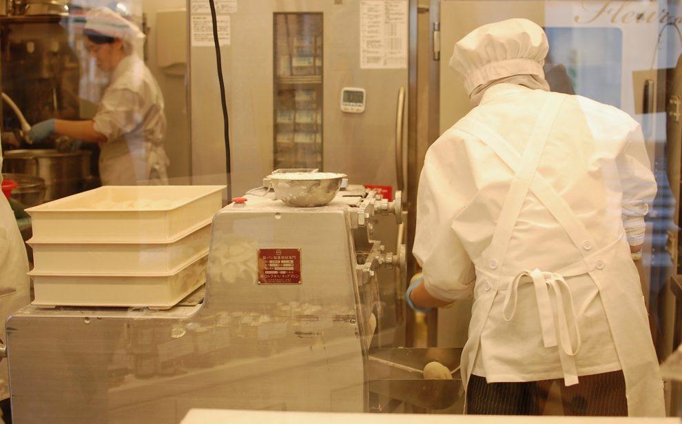 名古屋で話題の高級食パン専門店!伏見「フルール ドゥ リュクス」 - DSC 1081 990x615