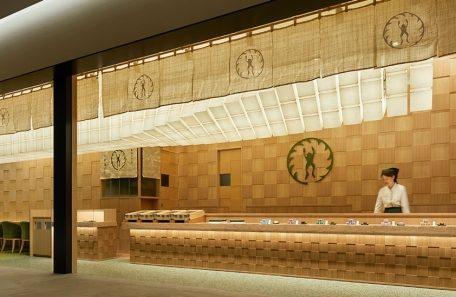 カフェスペースも併設、老舗『青柳総本家』の直営店がKITTE名古屋に進出!
