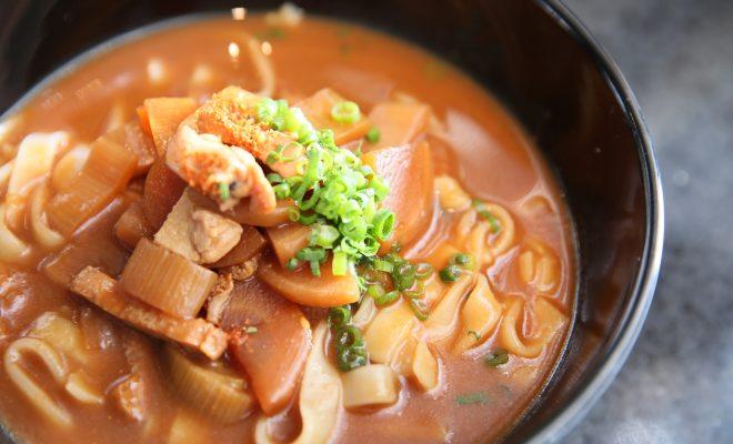 スープに焼き石を投入!『つけめんTETSU』がJRゲートタワーにオープン! - sub2 2 660x400