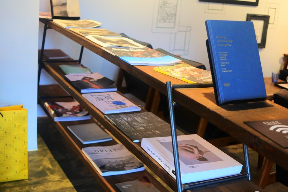 本のある生活をカフェから始めよう。名駅・伏見・栄の穴場的ブックカフェ特集 - DSC 1570 930x620