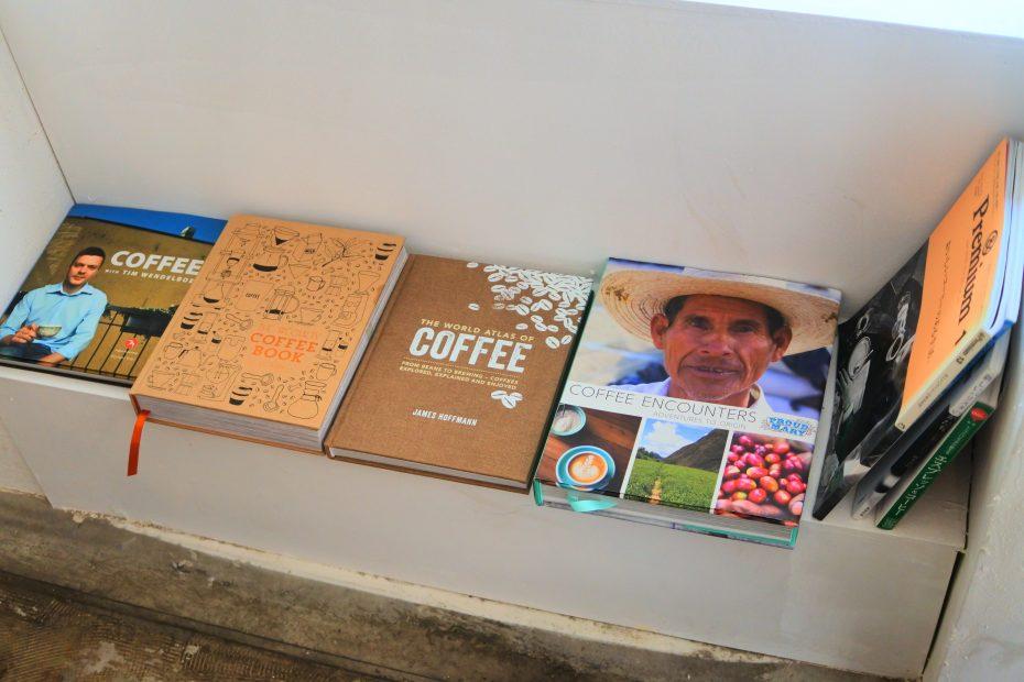 素敵なコーヒーを暮らしに。大津通・ロースターカフェ「Q.O.L. COFFEE」 - DSC 2239 930x620
