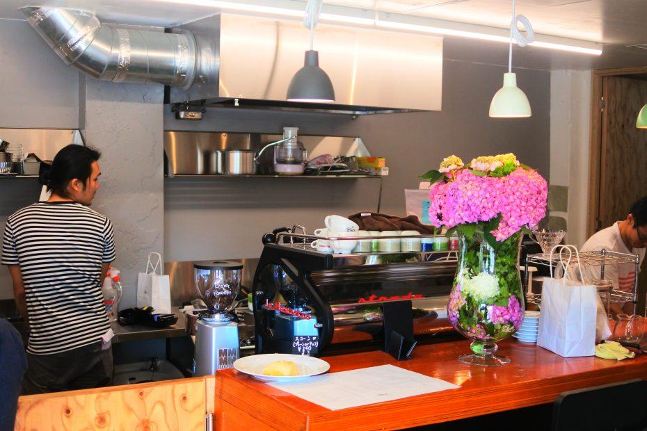 素敵なコーヒーを暮らしに。大津通・ロースターカフェ「Q.O.L. COFFEE」 - DSC 2245 930x620