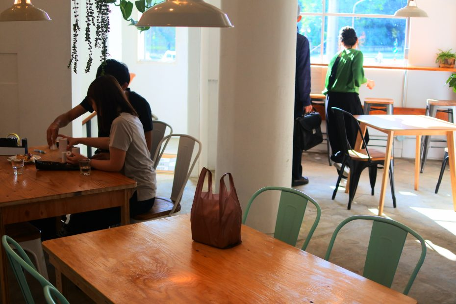 素敵なコーヒーを暮らしに。大津通・ロースターカフェ「Q.O.L. COFFEE」 - DSC 2250 930x620