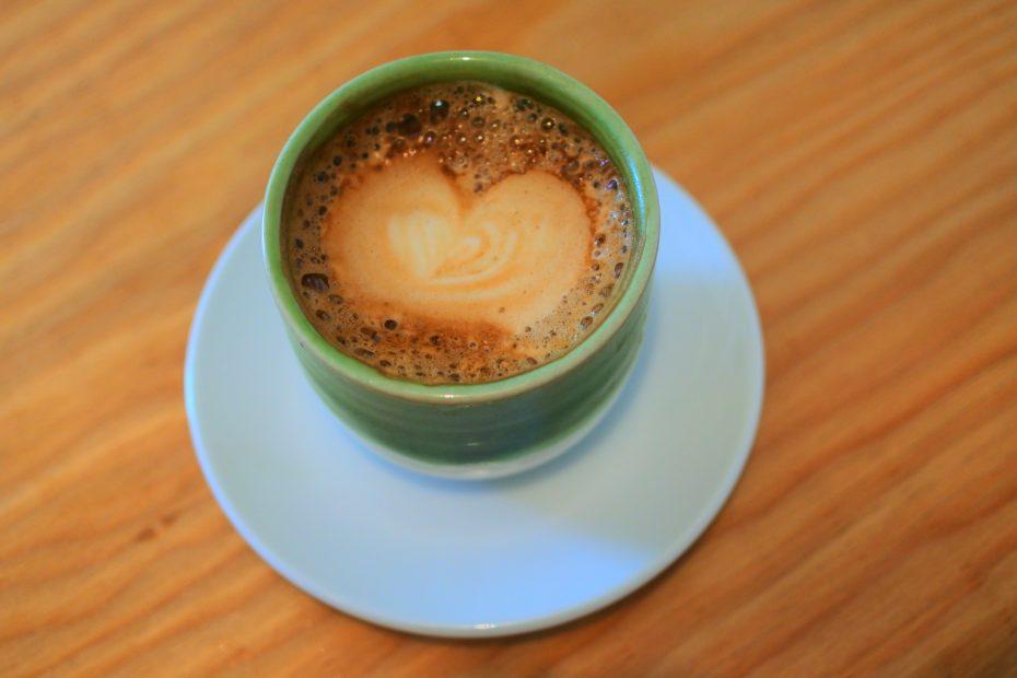 素敵なコーヒーを暮らしに。大津通・ロースターカフェ「Q.O.L. COFFEE」 - DSC 2257 930x620