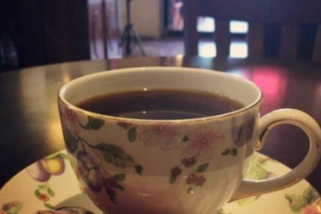 コーヒー好きなあの人へ、岡崎の古き良き面影を表現した「豆蔵」の特別なブレンドを