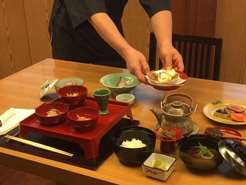 徳川美術館横の宝善亭で7月15日から提供される信長御膳を食べてきた! - image1 827x620
