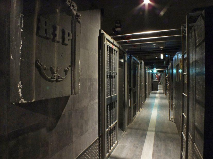夏の暑さは監獄レストラン『ザ・ロックアップ』のプチホラーで吹き飛ばせ! - sub16 827x620