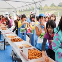 走りながらスイーツ食べ放題!『スイーツマラソン』11/26に愛知・長久手で開催