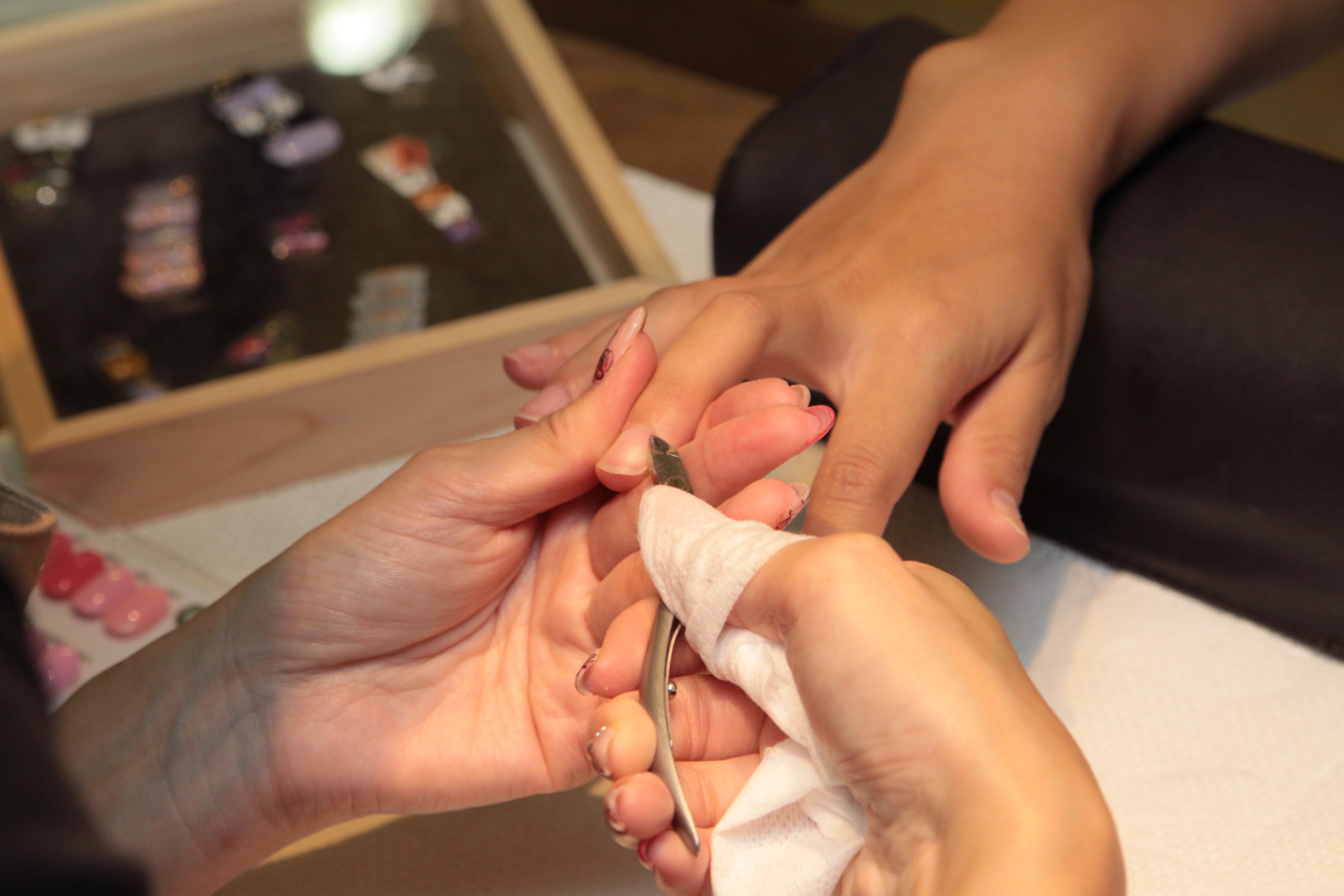 深爪もみるみるうちにキレイに!松坂屋南館「ネイルステーション」でジェルネイルを体験 - IMG 1599