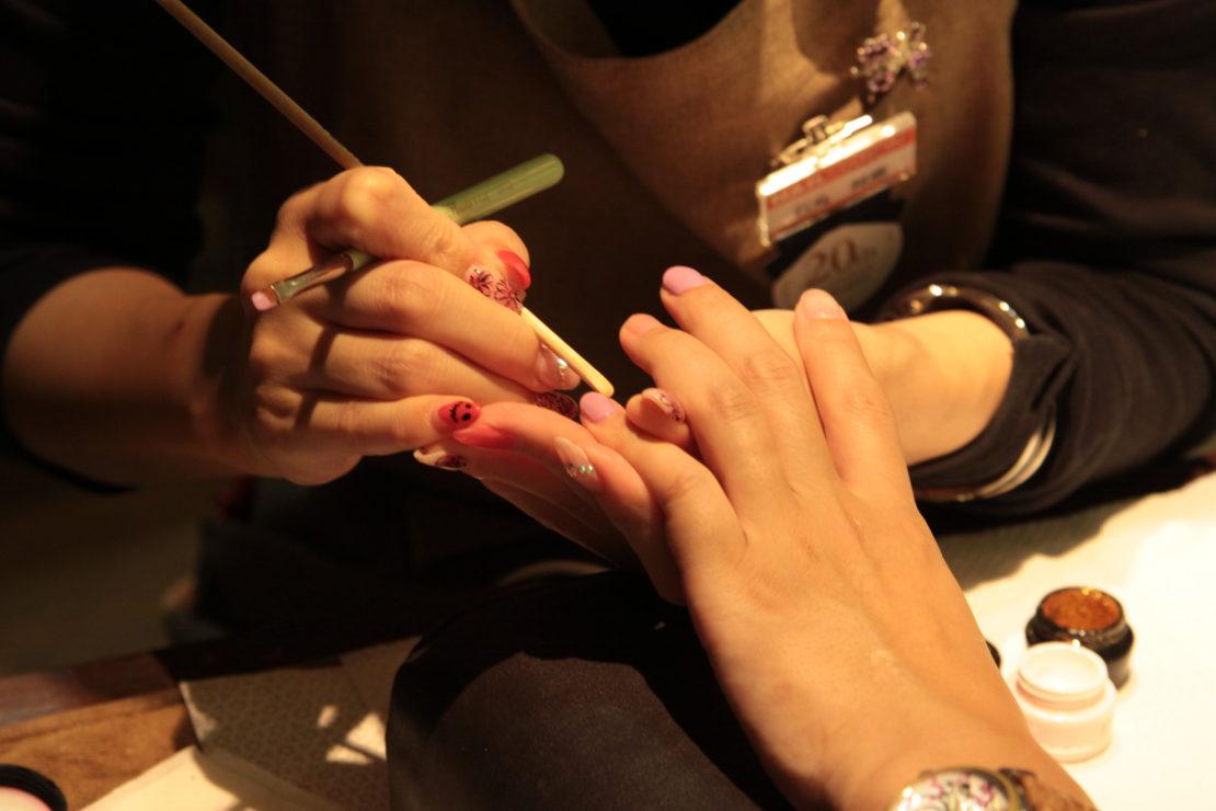深爪もみるみるうちにキレイに!松坂屋南館「ネイルステーション」でジェルネイルを体験