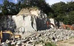 断崖絶壁の採石場見学や石のコースター作りも!「石のまち岡崎ディープツアー」 - 20375ced40379f1e8ea26f8e6c287f04 260x160