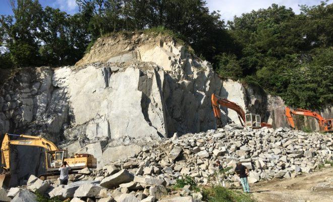 断崖絶壁の採石場見学や石のコースター作りも!「石のまち岡崎ディープツアー」 - 20375ced40379f1e8ea26f8e6c287f04 660x400