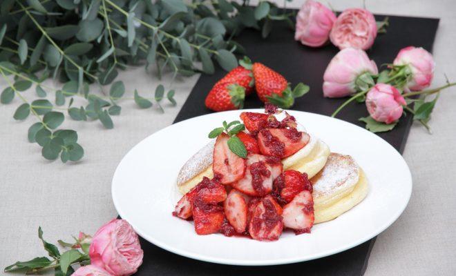 薔薇と国産いちごに紅の夢りんご!『幸せのパンケーキ』期間限定メニューをチェック - img 147148 6 660x400