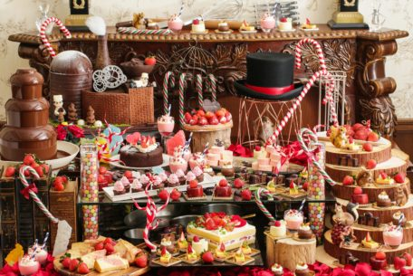 苺とチョコレートの甘い時間。八事で「バレンタインデザートブッフェ」を楽しむ