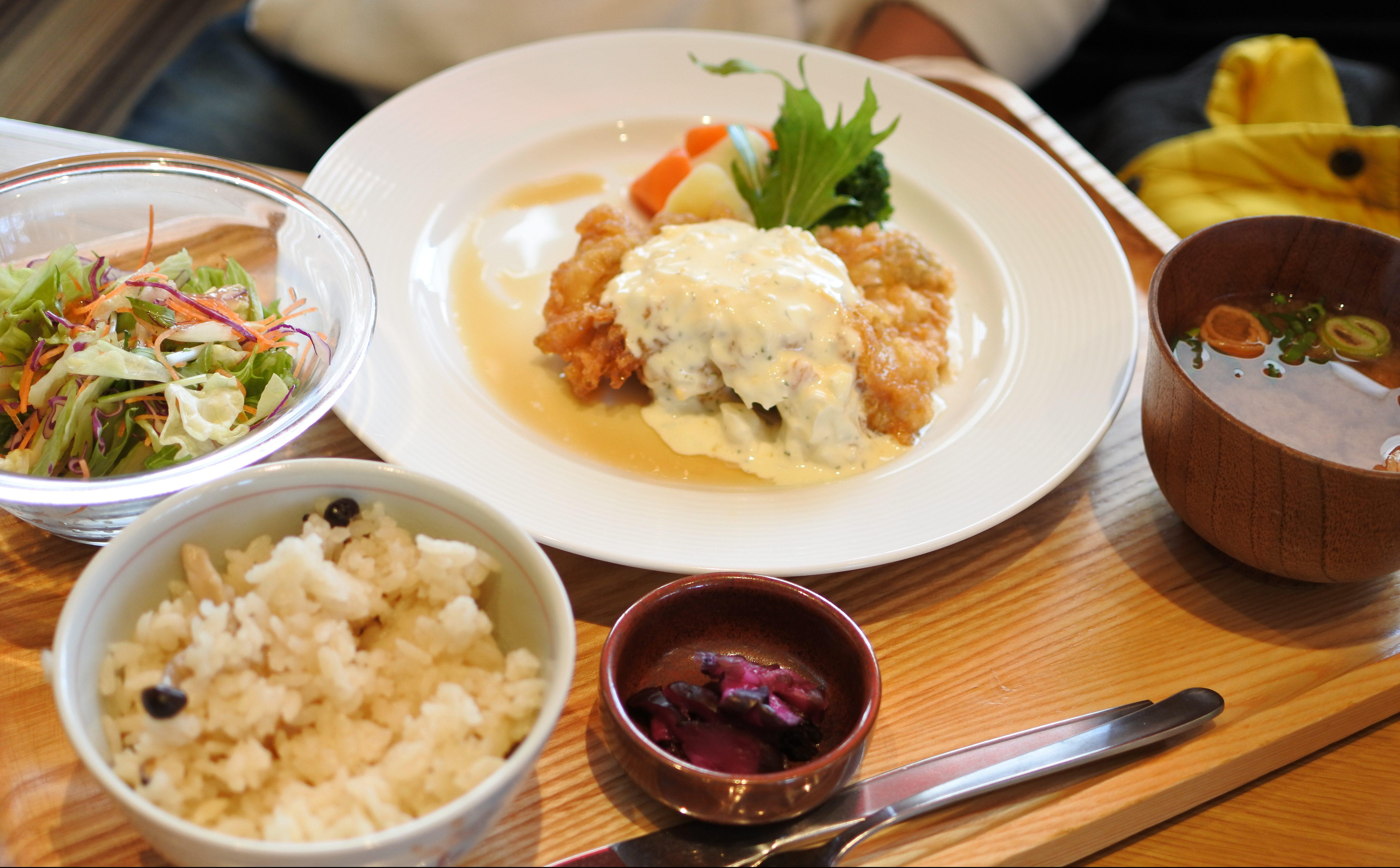 栄養バランス抜群の定食を、リーズナブルに。ごはんカフェ『お台所ふらり』 - DSC 1083 e1519571895529