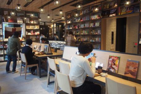 【宿泊券プレゼント】伏見・ランプライトブックスホテルをツアー形式で紹介!